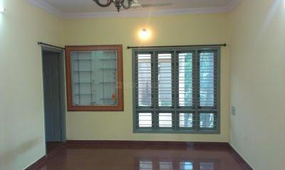 Gallery Cover Image of 1200 Sq.ft 3 BHK Independent House for rent in Jayanagar for 21000