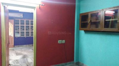 Gallery Cover Image of 1000 Sq.ft 2 BHK Apartment for rent in South Dum Dum for 12000