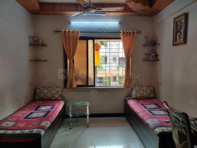 पवई में पीजी किंग के बेडरूम की तस्वीर