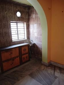 Gallery Cover Image of 650 Sq.ft 2 BHK Independent House for rent in Dum Dum for 7000