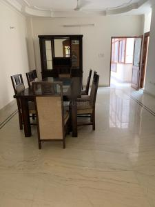Gallery Cover Image of 2200 Sq.ft 3 BHK Villa for buy in Connaught Place for 150000000