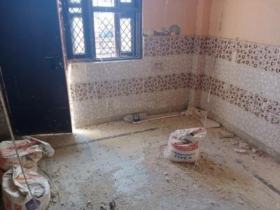 Gallery Cover Image of 500 Sq.ft 1 BHK Independent Floor for buy in Mandawali for 1865000