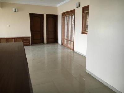 Gallery Cover Image of 3000 Sq.ft 3 BHK Apartment for buy in Koregaon Park for 54000000