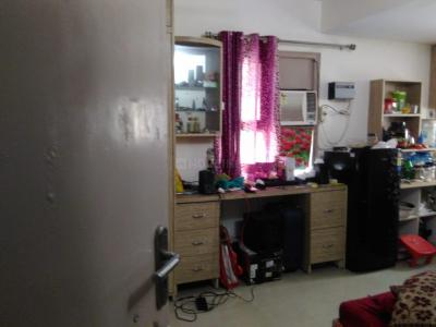 Gallery Cover Image of 750 Sq.ft 1 BHK Independent Floor for rent in Sector 16 for 10000