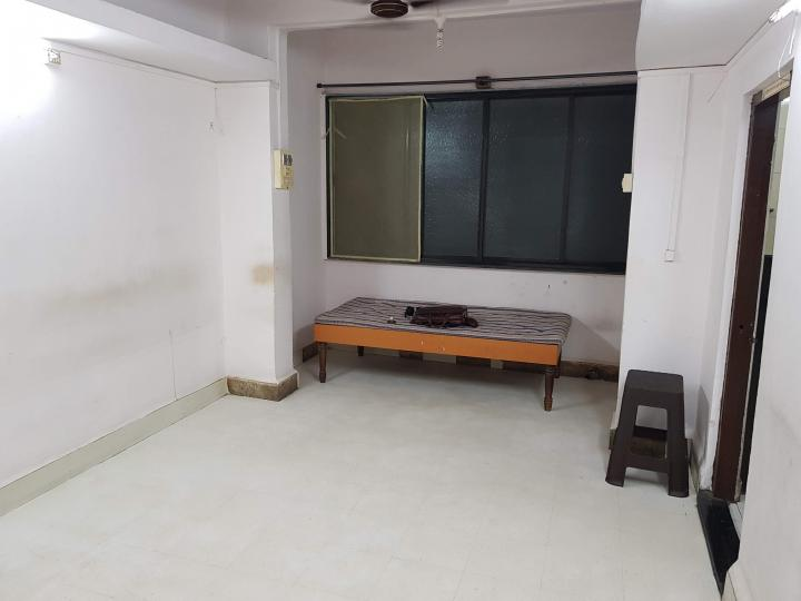 Living Room Image of 600 Sq.ft 1 BHK Apartment for rent in Dombivli East for 11000