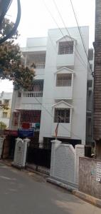 Gallery Cover Image of 850 Sq.ft 2 BHK Independent Floor for buy in Golf Green for 3500000