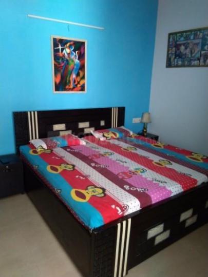 लक्ष्मी नगर में लीव्सपके के बेडरूम की तस्वीर