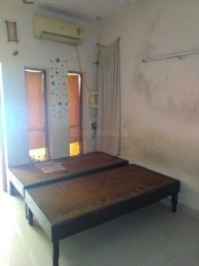 Gallery Cover Image of 310 Sq.ft 1 RK Apartment for rent in Sector 29 for 9500