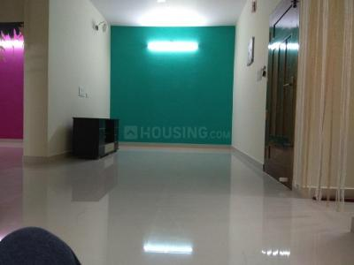 Gallery Cover Image of 920 Sq.ft 2 BHK Apartment for rent in Kovilambakkam for 15500