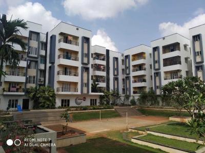 Gallery Cover Image of 952 Sq.ft 2 BHK Apartment for buy in Urban Tree Infinity, Porur for 5400000
