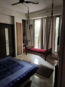 Gallery Cover Image of 1000 Sq.ft 2 BHK Apartment for rent in Thane West for 45000
