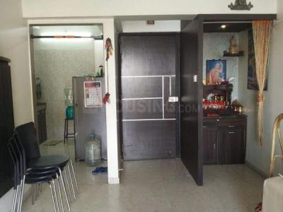 Gallery Cover Image of 1000 Sq.ft 2 BHK Apartment for rent in Rustomjee Urbania, Thane West for 28000