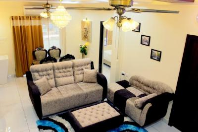 Gallery Cover Image of 1215 Sq.ft 3 BHK Apartment for buy in Anna Nagar West Extension for 17000000