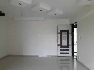 Gallery Cover Image of 950 Sq.ft 2 BHK Apartment for buy in Kandivali West for 13000000