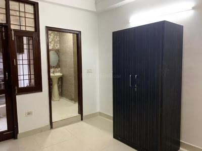 Gallery Cover Image of 1000 Sq.ft 2 BHK Apartment for buy in Saket for 3200000