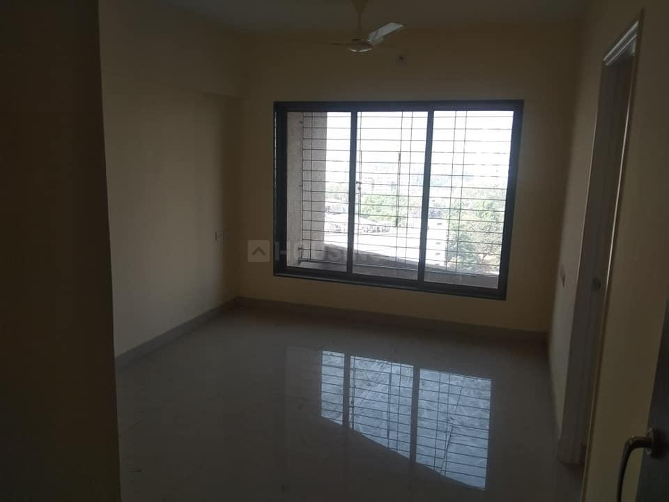 Living Room Image of 790 Sq.ft 2 BHK Apartment for rent in Mulund West for 31000
