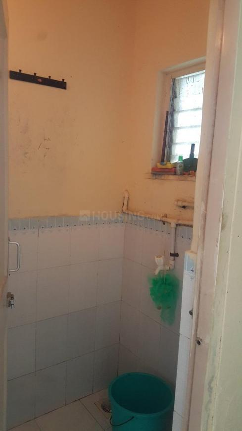 Common Bathroom Image of 225 Sq.ft 1 RK Apartment for buy in Malad West for 2825000