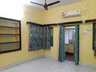 Gallery Cover Image of 600 Sq.ft 2 RK Apartment for rent in Kasba for 10000