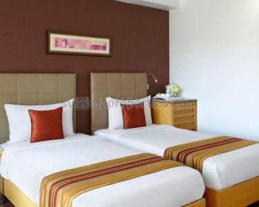 विखरोली वेस्ट में ओम साई प्रॉपर्टी के बेडरूम की तस्वीर
