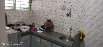 Gallery Cover Image of 950 Sq.ft 1 BHK Apartment for rent in Shiv Shakti Apartment, Nirnay Nagar for 8500
