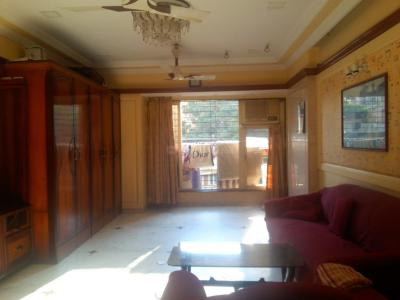 Gallery Cover Image of 1200 Sq.ft 2 BHK Apartment for buy in Mazgaon for 42500000