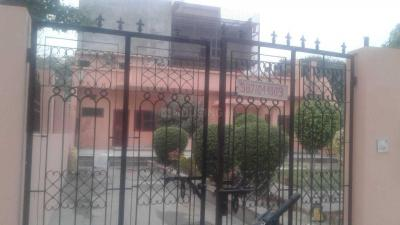 Gallery Cover Image of 1100 Sq.ft 2 BHK Villa for buy in Delta III Greater Noida for 12500000