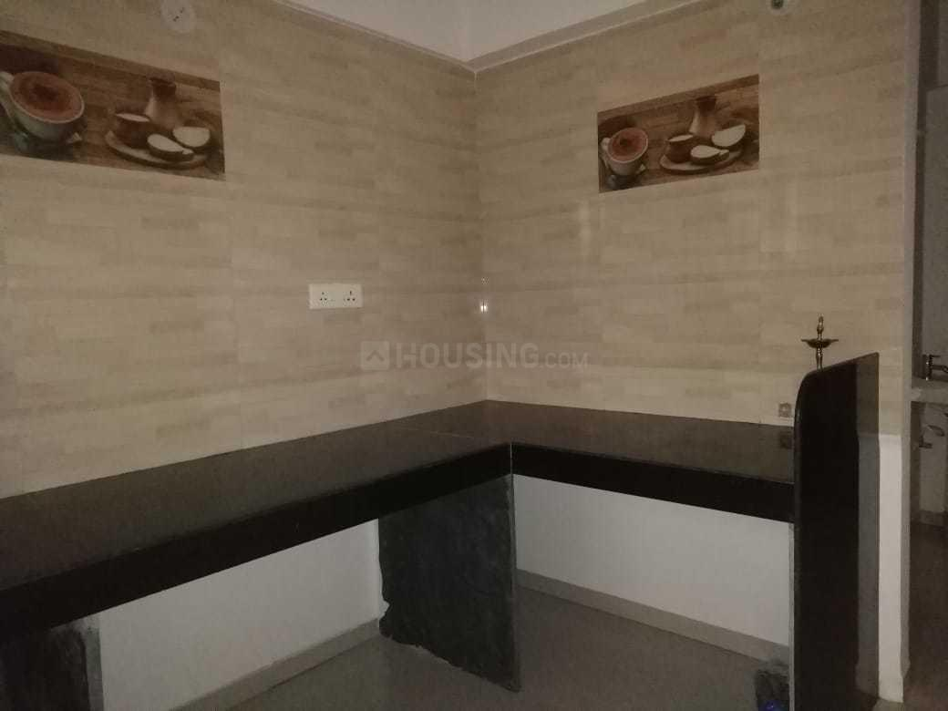 Kitchen Image of 850 Sq.ft 2 BHK Apartment for rent in Dhanori for 15000