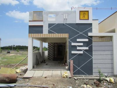 Gallery Cover Image of 1000 Sq.ft 2 BHK Independent House for buy in Keeranatham for 4000000