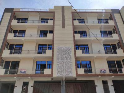 Gallery Cover Image of 1200 Sq.ft 3 BHK Independent Floor for buy in Sector 7 for 4500000