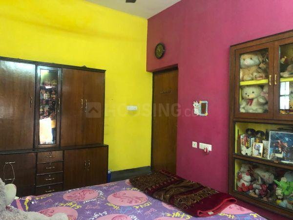 भोवनिपोरे में लेडिज नेस्ट के बेडरूम की तस्वीर