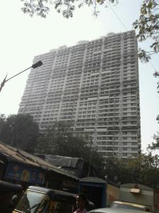 Gallery Cover Image of 1860 Sq.ft 3 BHK Apartment for buy in Malad East for 36000000