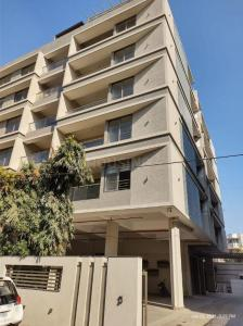 Gallery Cover Image of 2268 Sq.ft 3 BHK Apartment for buy in Navrangpura for 14616000