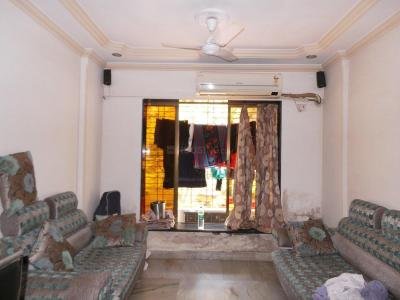 Gallery Cover Image of 628 Sq.ft 1 BHK Apartment for buy in Thane West for 7500000