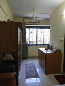Gallery Cover Image of 600 Sq.ft 1 BHK Apartment for rent in Cuffe Parade for 60000