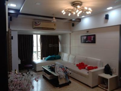 Gallery Cover Image of 1150 Sq.ft 3 BHK Apartment for rent in Malad East for 65000
