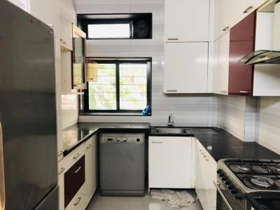 Gallery Cover Image of 1750 Sq.ft 3 BHK Apartment for rent in Bandra West for 200000