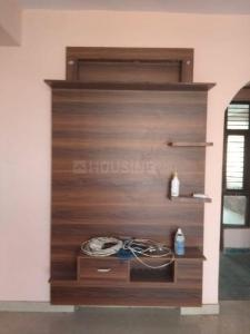 Gallery Cover Image of 2000 Sq.ft 3 BHK Apartment for rent in East West Group Housing Society, Sector 2 for 15000