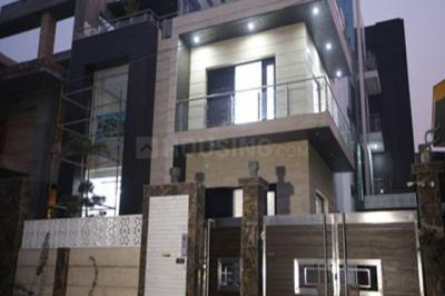 Gallery Cover Image of 2800 Sq.ft 3 BHK Independent House for rent in Sector 100 for 32000