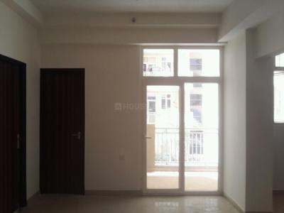 Gallery Cover Image of 935 Sq.ft 2 BHK Apartment for buy in Noida Extension for 3506250