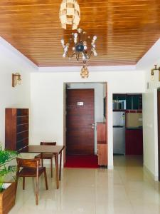 Gallery Cover Image of 648 Sq.ft 1 BHK Apartment for buy in RR Nagar for 5500000