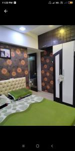 Gallery Cover Image of 685 Sq.ft 1 BHK Apartment for buy in Mahavir, Kandivali West for 11500000