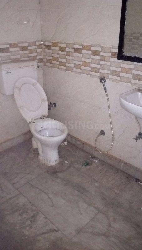Bathroom Image of 300 Sq.ft 1 RK Apartment for rent in Sector 62 for 10000