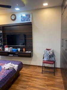 Gallery Cover Image of 635 Sq.ft 1 BHK Apartment for buy in Galaxy Heights, Goregaon West for 10500000
