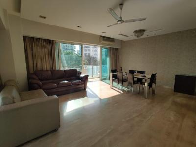 Gallery Cover Image of 2000 Sq.ft 3 BHK Apartment for rent in Vasukamal, Bandra West for 335000