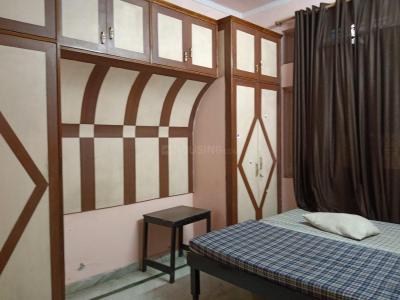 उत्तम नगर में गैलेरिया पीजी के बेडरूम की तस्वीर