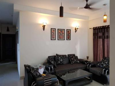 Gallery Cover Image of 1740 Sq.ft 3 BHK Apartment for rent in Omicron III Greater Noida for 18000