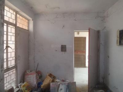Gallery Cover Image of 450 Sq.ft 1 BHK Apartment for rent in Bakkarwala for 3000