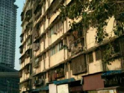 Gallery Cover Image of 330 Sq.ft 1 RK Apartment for buy in Wadala for 1100000