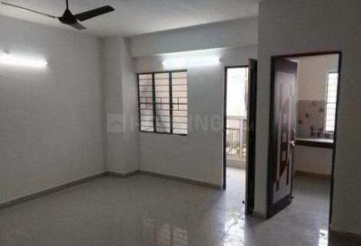 Gallery Cover Image of 1140 Sq.ft 3 BHK Apartment for rent in Kadma for 8500
