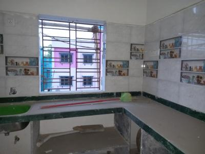 Gallery Cover Image of 810 Sq.ft 2 BHK Independent Floor for buy in Baranagar for 2200000
